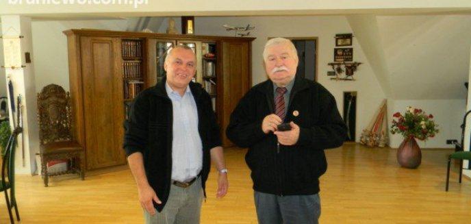 Artykuł: Z Lechem Wałęsą o historii, zwijaniu sztandarów i demokracji