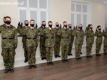 15-ka funkcjonariuszy przyjęta w szeregi W-MOSG, dzisiaj złożyła ślubowanie