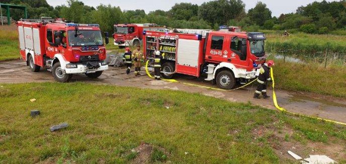 Artykuł: Strażackie ćwiczenia na wysypisku