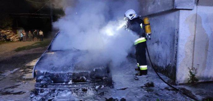 Bogdany - nocny pożar auta
