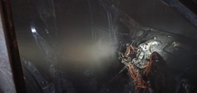 Artykuł: Nocą we Fromborku - Mercedes płonie
